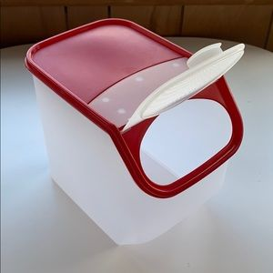 Tupperware potato smart container red lid